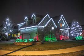 cool white icicle lights 20 christmas lighting ideas that will leave you speechless livinghours