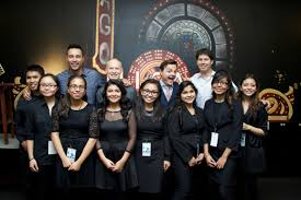 the piano guys s school students at the chicago theater