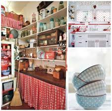 15 essential design elements for a perfectly retro kitchen big chill gingham polka dots