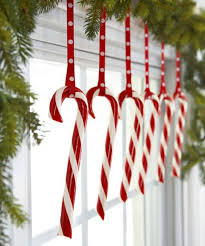 Red and White Christmas Decorations  Red Christmas Decorating Ideas