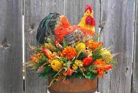 Fall Table Arrangements Flower Arrangements And Rooster Accents Creating Bold Jazzy Table