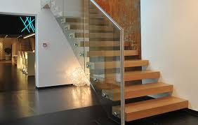 treppen aus metall exklusive holztreppen bei treppen de ihre treppe aus holz