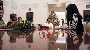 profil sosok jokowi sosok misterius dising presiden jokowi mata ketiga