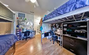 triple dorm room at windsor hall luxury dorm for university of