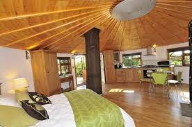 Bright Interior Nuance Elegant Red Nuance Of The Interior Design Ideas For Treehouses Can