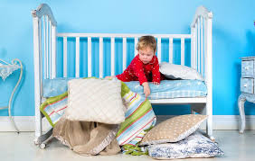 Transitioning Toddler From Crib To Bed Transitioning A Toddler To A Big Kid S Bed Parenting