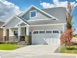starter homes best 25 starter home ideas on brick cottage outdoor