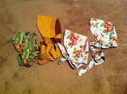 Apron Prints Garden Anywhere Box Apron Bonnets And Pioneer Treks