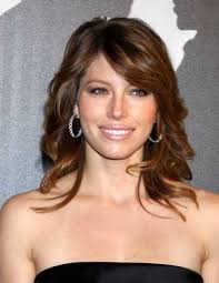 fast medium curly hairstyles with bangs