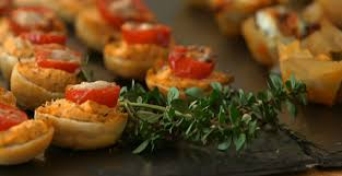 berry canapes berry makes blue cheese and fig tartlets and tomato and goats
