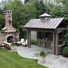 ideas for outdoor kitchens best 25 outdoor kitchens ideas on backyard kitchen