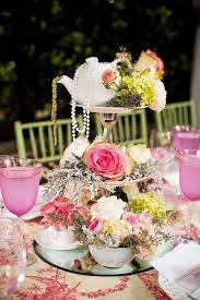 Vintage Centerpieces For Weddings by Best 25 Teapot Centerpiece Ideas On Pinterest Afternoon Tea