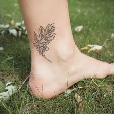 best 25 oak leaf tattoos ideas on pinterest white oak leaf oak