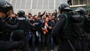 400 injured as police attack voters in catalonia independence