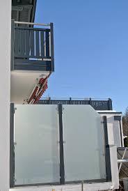 balkon sichtschutz aus glas zäune sichtschutz hiag balkonbau