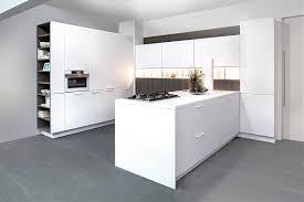 küche freistehend freistehende u form küche vigo in schichtstoff beige