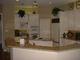 backsplash with venetian gold granite kitchen with venetian gold