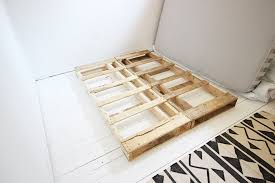 Making A Pallet Bed Diy Easy Wood Pallet Bed Frame Wonder Forest