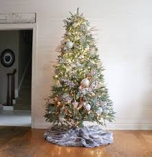remodelaholic how to decorate a tree in 5 simple steps