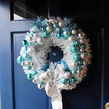 wreath decorations ideas for your home and front porch