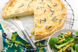 cuisiner celeri branche tarte au céleri branche cuisiner c est facile