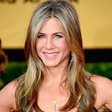 what is the formula to get jennifer anistons hair color jennifer aniston beauty interview popsugar beauty