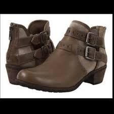 ugg heel boots sale 54 ugg shoes ugg patsy boots 11 sale in box from