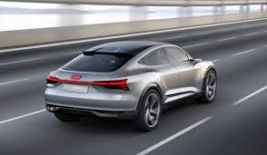 concept audi audi e tron sportback concept previews audi u0027s second ev the