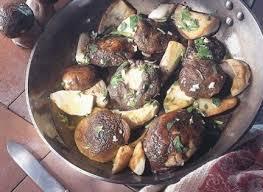 comment cuisiner les girolles fraiches comment cuisiner les chignons selon leurs variétés recettes