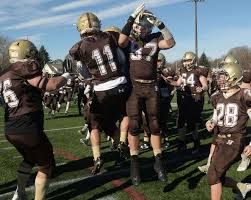 slideshow haverhill defeated in thanksgiving football gallery