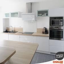 cuisine blanc laqué et bois credence cuisine blanche cuisine blanc laque plan travail