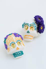 how to make mexican sugar skulls sugar and charm sweet recipes