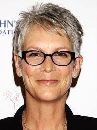how to get the jamie lee curtis haircut the best celeb hairstyles for every length jamie lee curtis lee