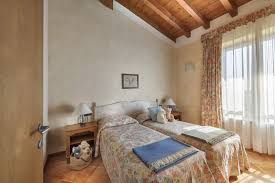 residence in desenzano on lake garda with parking space and pets