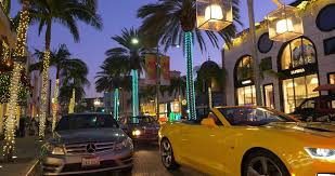 beverly hills christmas lights beverly hills los angeles california december 28 2017 tourists
