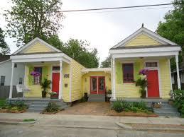 one homes v i s u a l v a m p two houses made into one fabulous home
