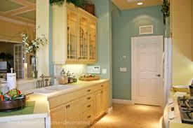 Kitchen Color Combinations Ideas Decide On Your Kitchen Color Scheme