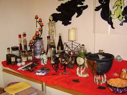 Indoor Halloween Party Decoration Ideas by