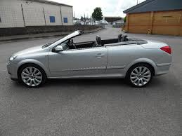 used vauxhall astra convertible 2 0 i design twin top 2dr in