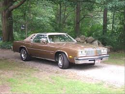 1983 oldsmobile cutlass supreme my first car but in white w red