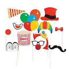 free circus photo booth props printable random party ideas