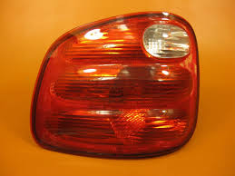 2002 ford f150 tail lights ford f150 tail light left driver 1997 1998 1999 2000 2004