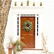 christmas door garden inspired christmas door decorations christmas door decorating 13