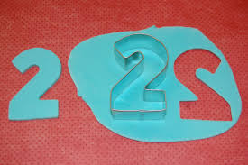 how to make a fondant number topper