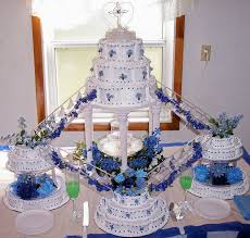 wedding cakes with fountains blue fountain wedding cake purple