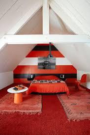 chambre sous combles couleurs chambre sous combles déco côté maison