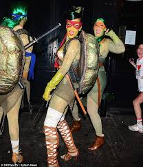 Ninja Turtle Halloween Costume Girls Rihanna Dons Teenage Mutant Ninja Turtle Costume Partying