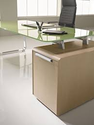 Traditional Office Desks Classic Traditional Office Desks Tables Computer Desks In Glass
