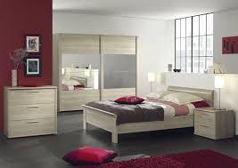 chambre à coucher chêtre chambre adulte contemporaine chêne clair chambre adulte