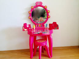 Girls Vanity Table And Stool Table Ravishing Girls Dressing Table Crowdbuild For Toddler Vanity